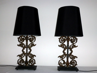 Picture of Pair of butiful balustrade lamps