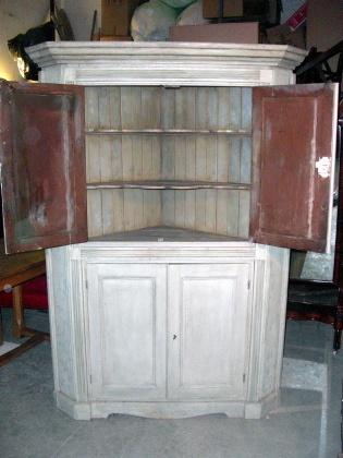 Picture of Corner Cupboard