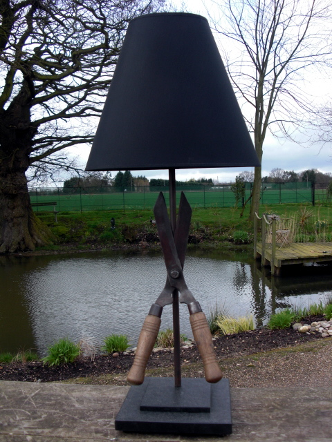 Picture of Garden Shears Lamp