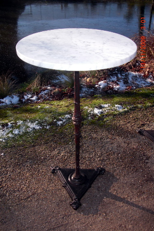 Picture of Lamp table