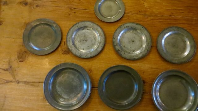 Picture of Pewter plates