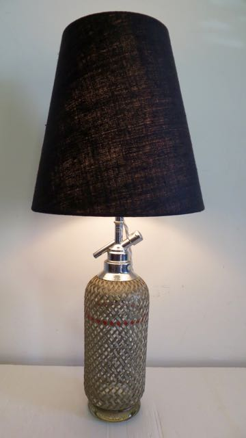 Soda botte lamp