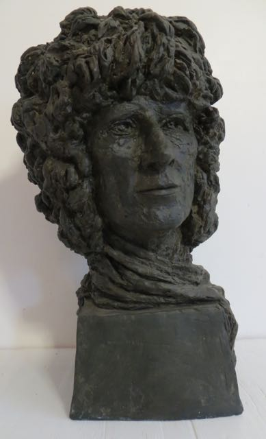 Picture of A plaster bust of a Gentleman