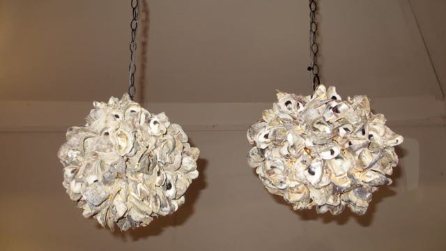 Picture of Oyster shell pendant light