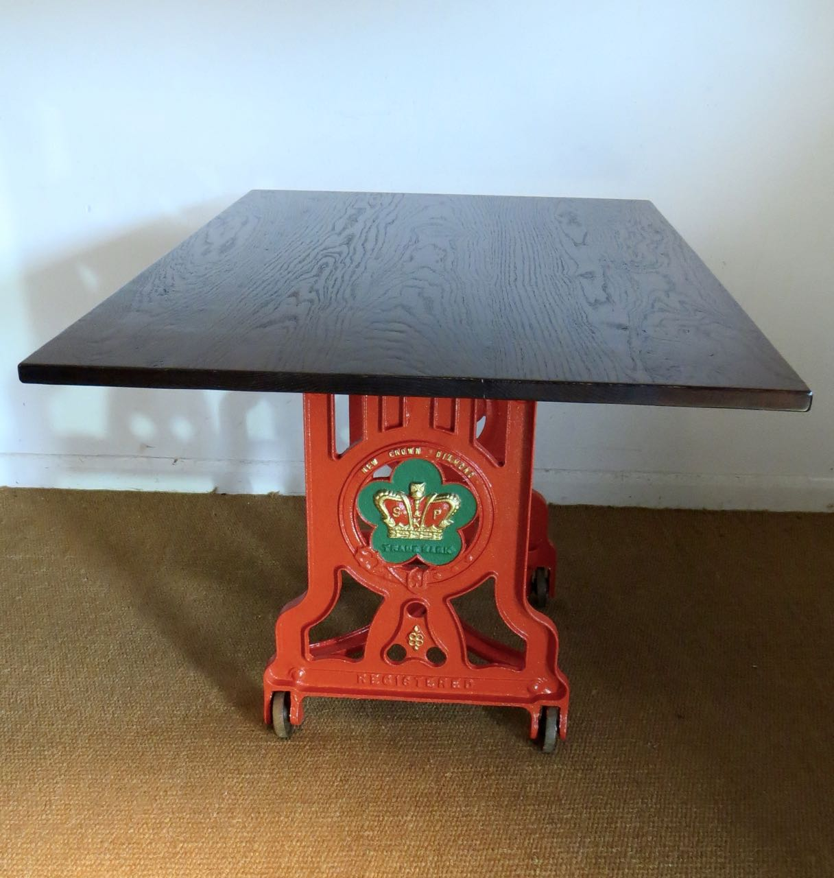 Mangle painted table