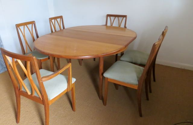 G Plan table @ Chairs