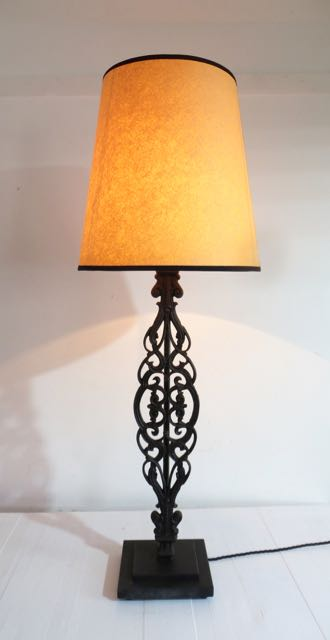 Single balustrade tabe lamp.