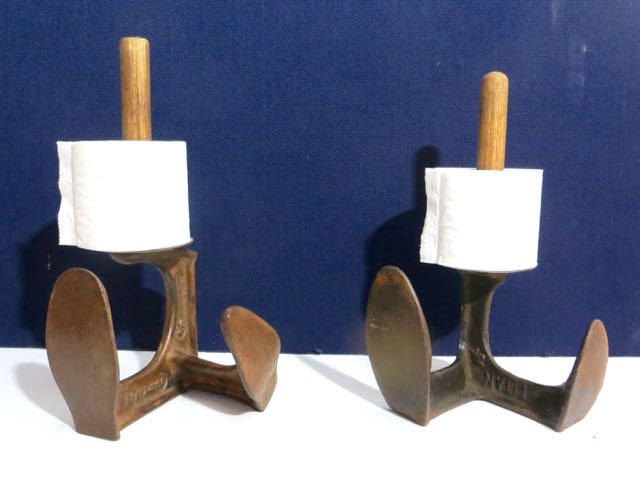 Cobblers shoe lath loo paper holder