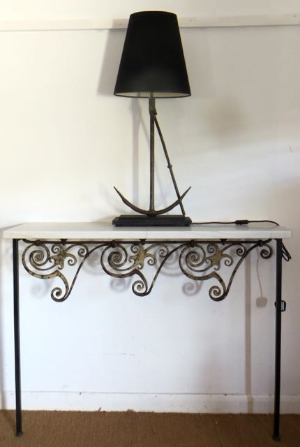 Picture of iron scroll railings, console