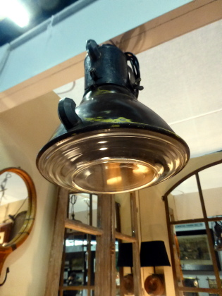 Picture of Industrial Lamp