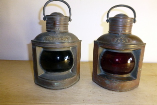 Picture of Port and Starboard lamps