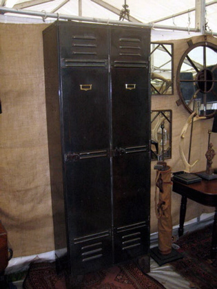 Picture of French metal locker