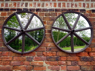 Picture of Pair of Shepards hut wheel mirrors