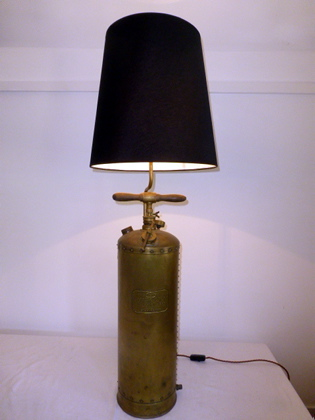 Picture of Mysto Sprayer Table Lamp