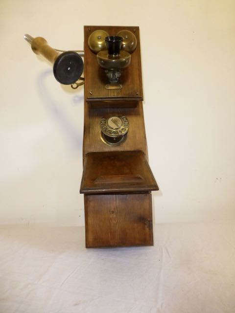 Picture of Wooden wall telephone light