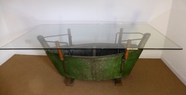 Picture of Fun fair boat swing table