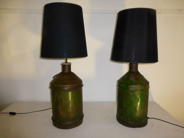 Pair of Castrol oil can lamps