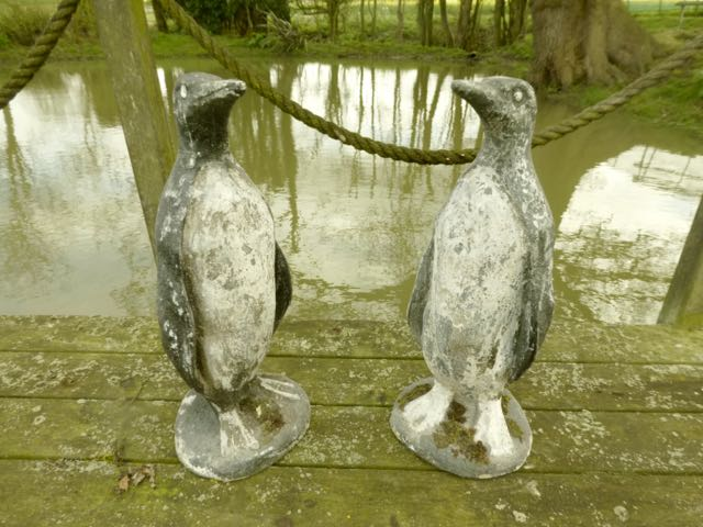 Picture of Pair of stone Penguins