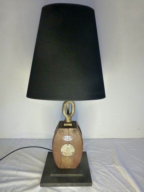 Picture of Block lamp 1