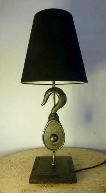 Picture of Metal block lamp