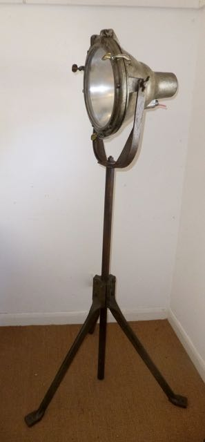 Picture of Industrial work lamp.