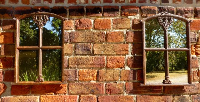 Picture of Pair of cast iron old windows