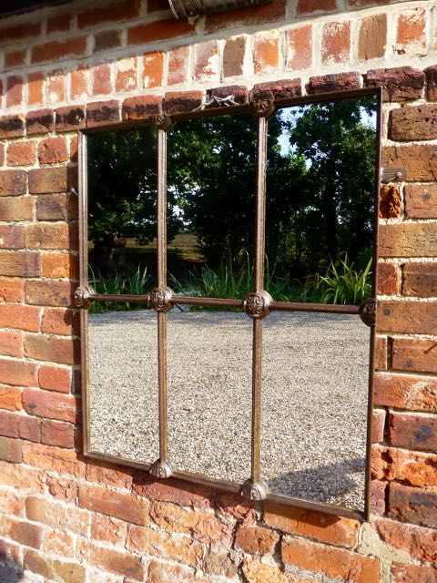 Picture of Square Bossed window