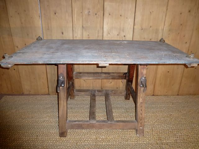 Butter churn table