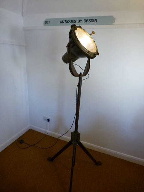 Picture of Industrial cast iron flood lamp