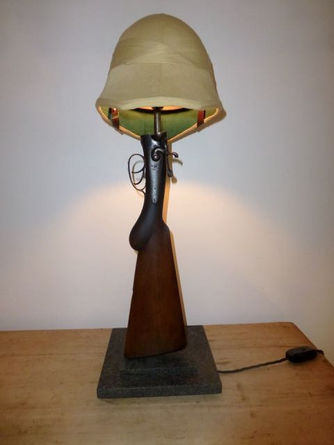 Picture of Hammer gun with Pith helmet shade