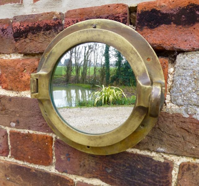 Picture of Small port hole mirror