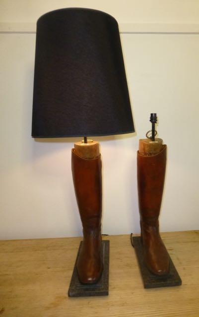 Picture of Pair of Brown Military boots