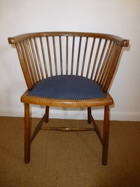 Picture of Captains spindle back Chair
