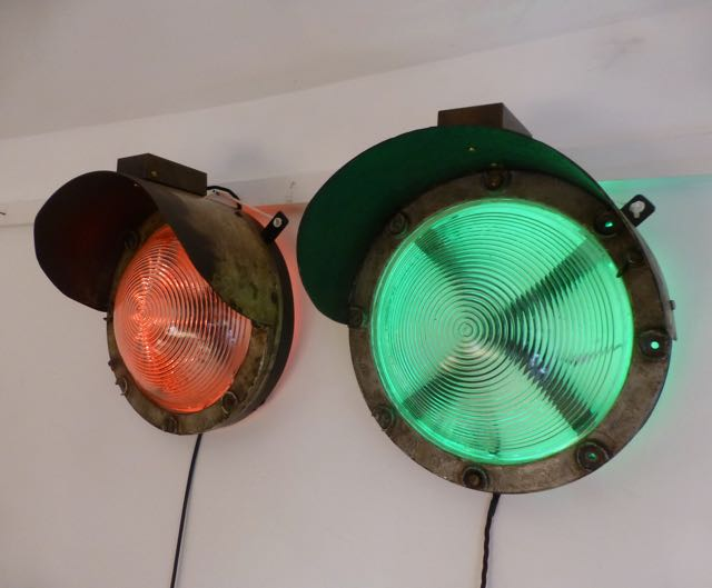 Picture of Pair of railway lights