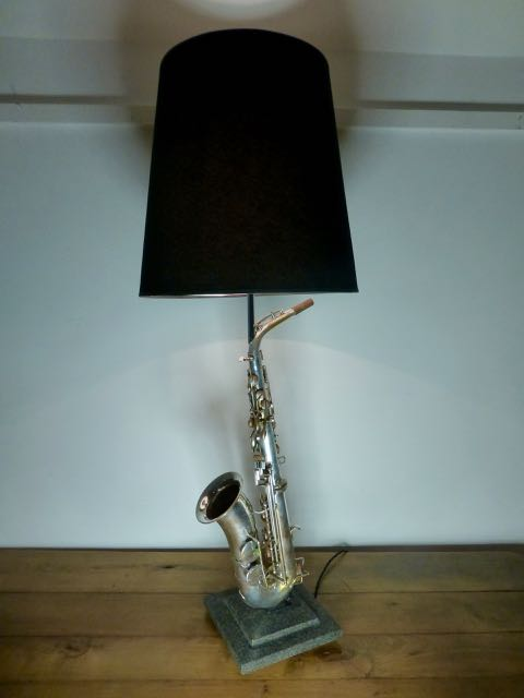 Picture of Saxophone lamp