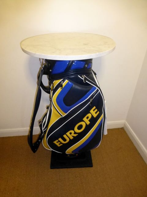 Picture of Golf bag table