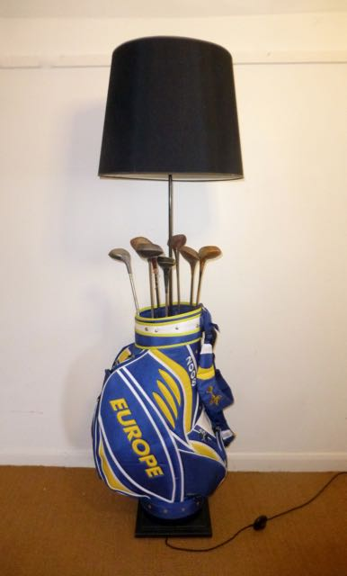 Picture of Blue golf bag lamp