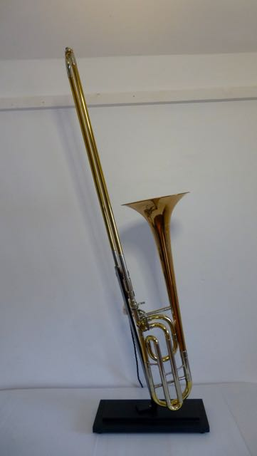Picture of Trombone table lamp