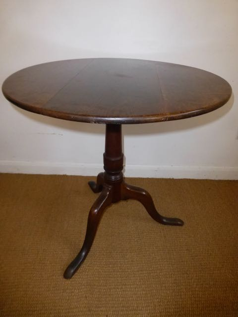 Picture of George 111 oak tripod table