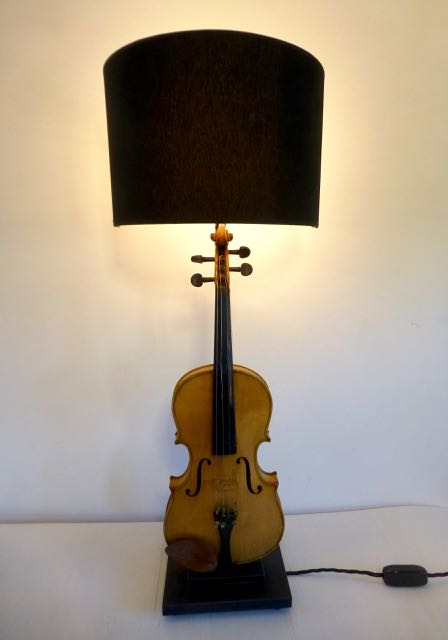 Picture of Violin lamp