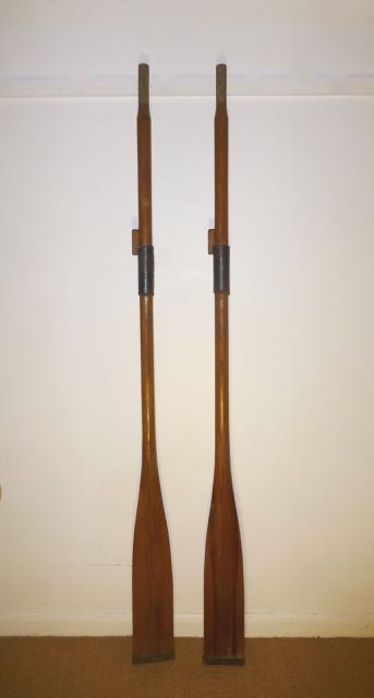 Picture of Pair of oars
