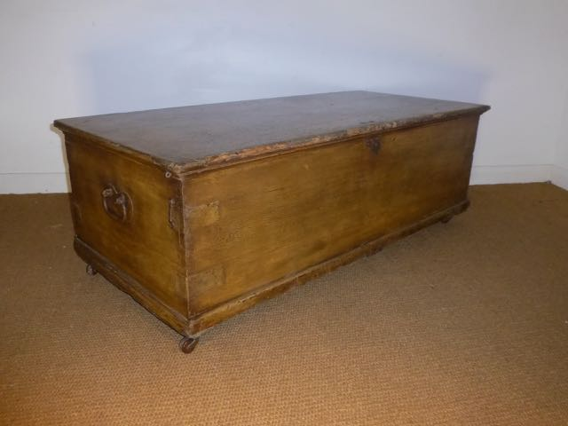 Picture of Victorian Blanket chest