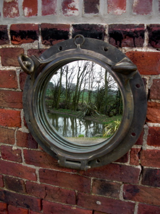 Picture of Port Hole Mirror