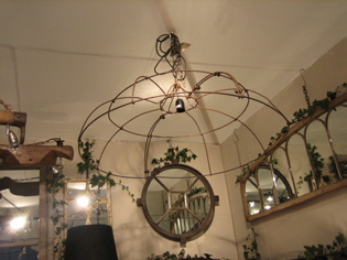 Picture of Victorian rose support chandelier
