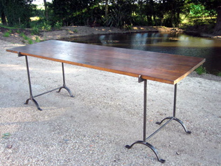 Picture of Oak Trestle Table