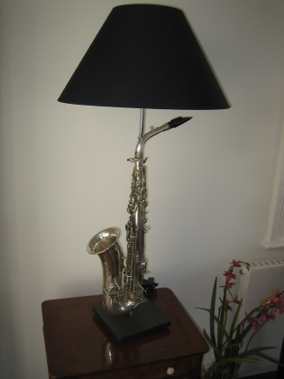 Picture of Saxophone table lamp
