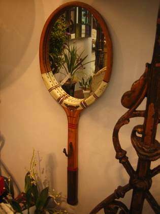Picture of Tennis racket mirror
